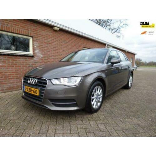 Audi A3 Sportback 1.4 TFSI Attraction Pro Line g-tron AUTOMA